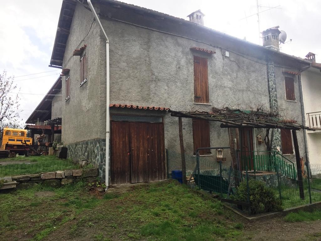 Rustico / Casale in vendita a Mioglia, 5 locali, prezzo € 60.000 | PortaleAgenzieImmobiliari.it