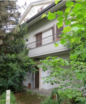 Villa in buone condizioni in vendita Rif. 11506675