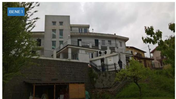 Residence in buone condizioni in vendita Rif. 9794846