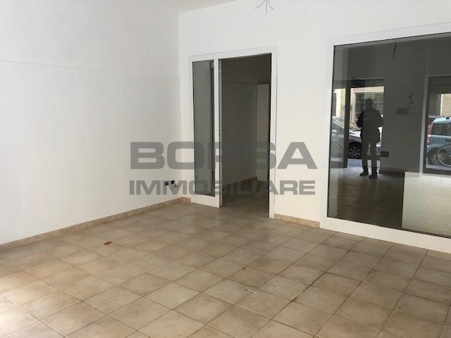 Locale commerciale - 2 Vetrine a Livorno Rif. 9957764