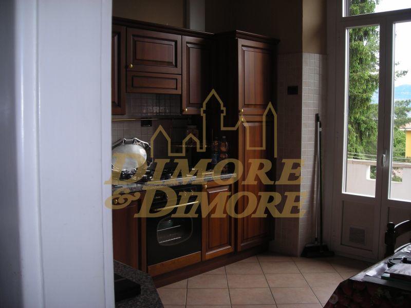 Appartamento ristrutturato arredato in affitto Rif. 4168968