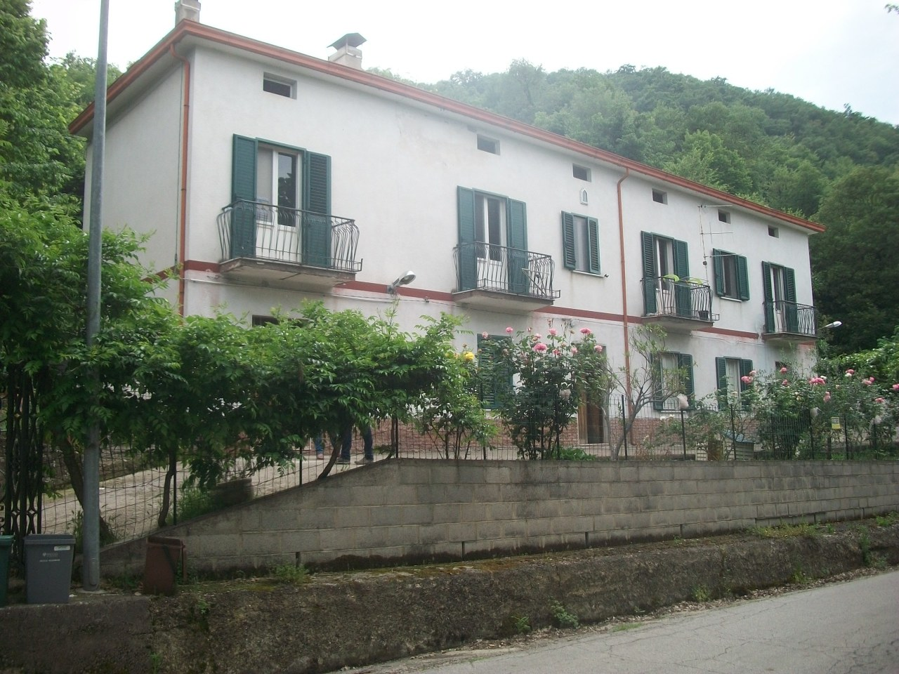 Rustico / Casale ristrutturato in vendita Rif. 7481685
