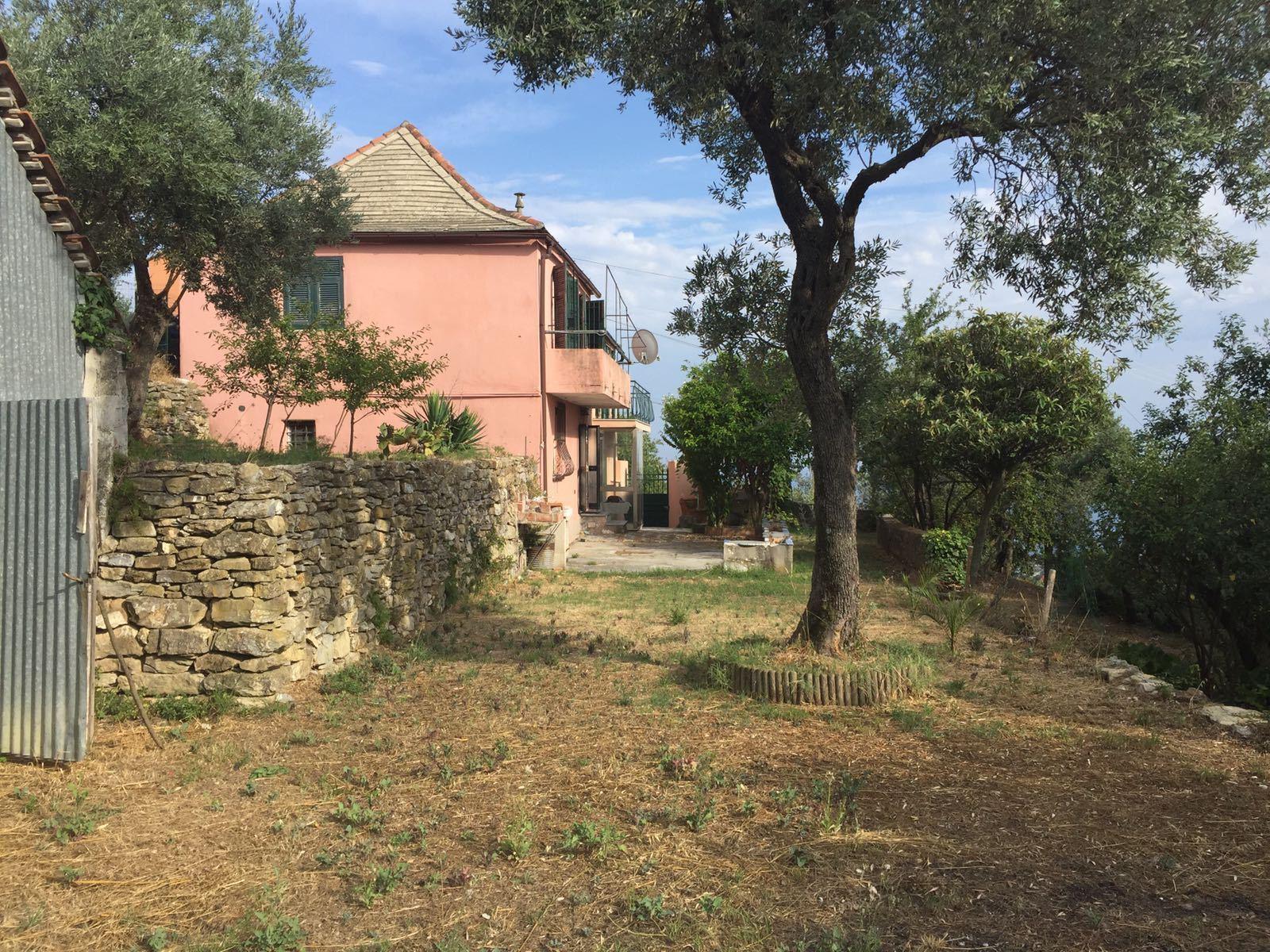 Casa Con Giardino Rovereto : Rif case villa o casa semi indipendente in vendita a