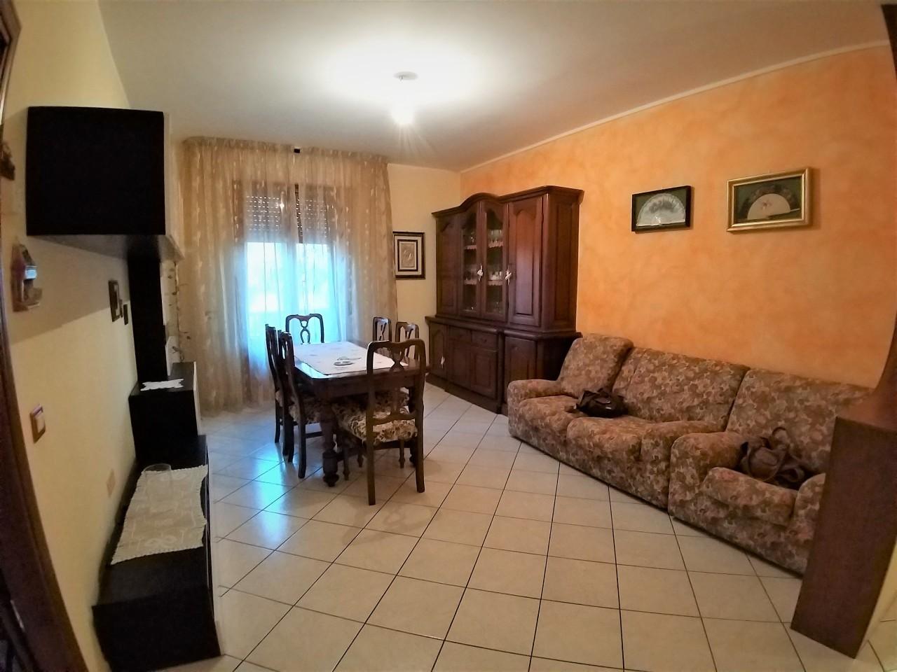 Appartamento in vendita a Castiglione del Lago, 3 locali, prezzo € 90.000 | PortaleAgenzieImmobiliari.it