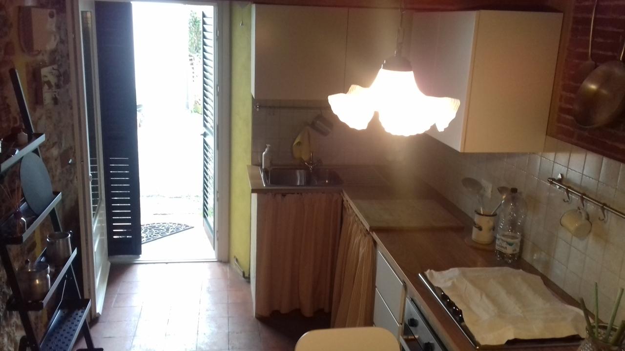 Casa semindipendente in affitto a Camaiore (LU)