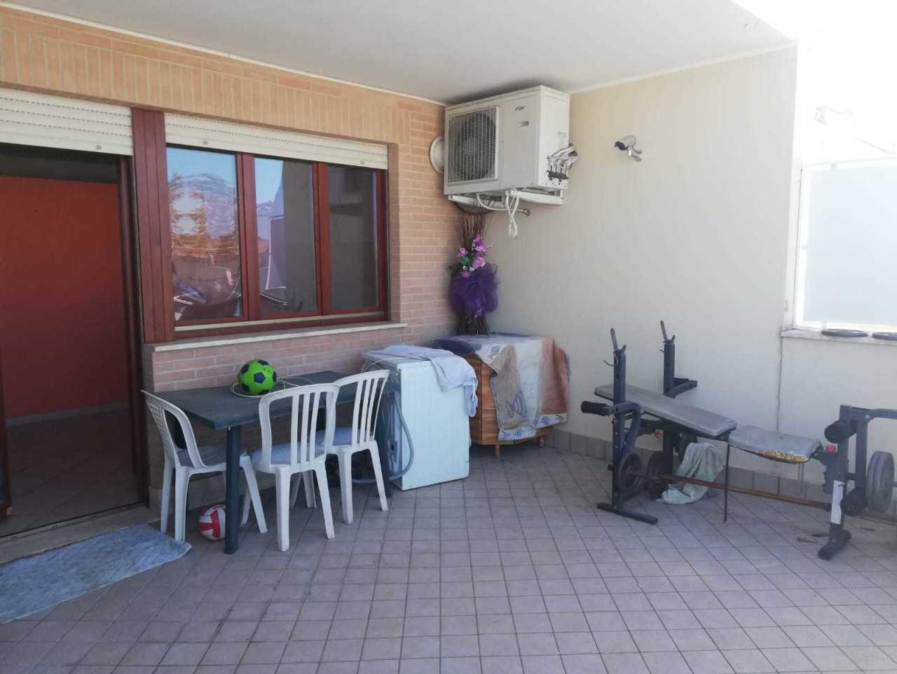 Bilocale in buone condizioni in affitto Rif. 9863594