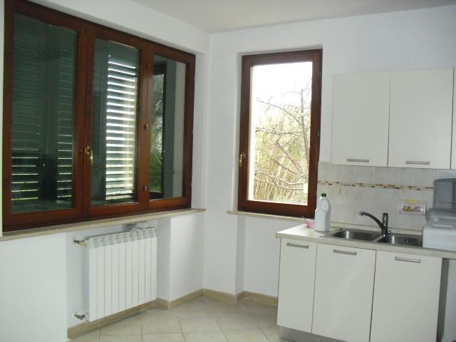 Appartamento in buone condizioni in vendita Rif. 9044591