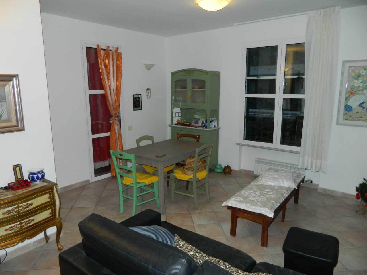 Appartamento in vendita a Fosdinovo, 3 locali, prezzo € 165.000   PortaleAgenzieImmobiliari.it