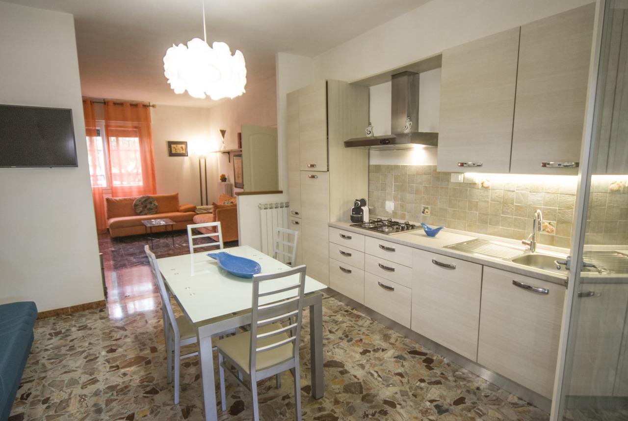 Semindipendente - Terratetto a Santa Lucia, Prato