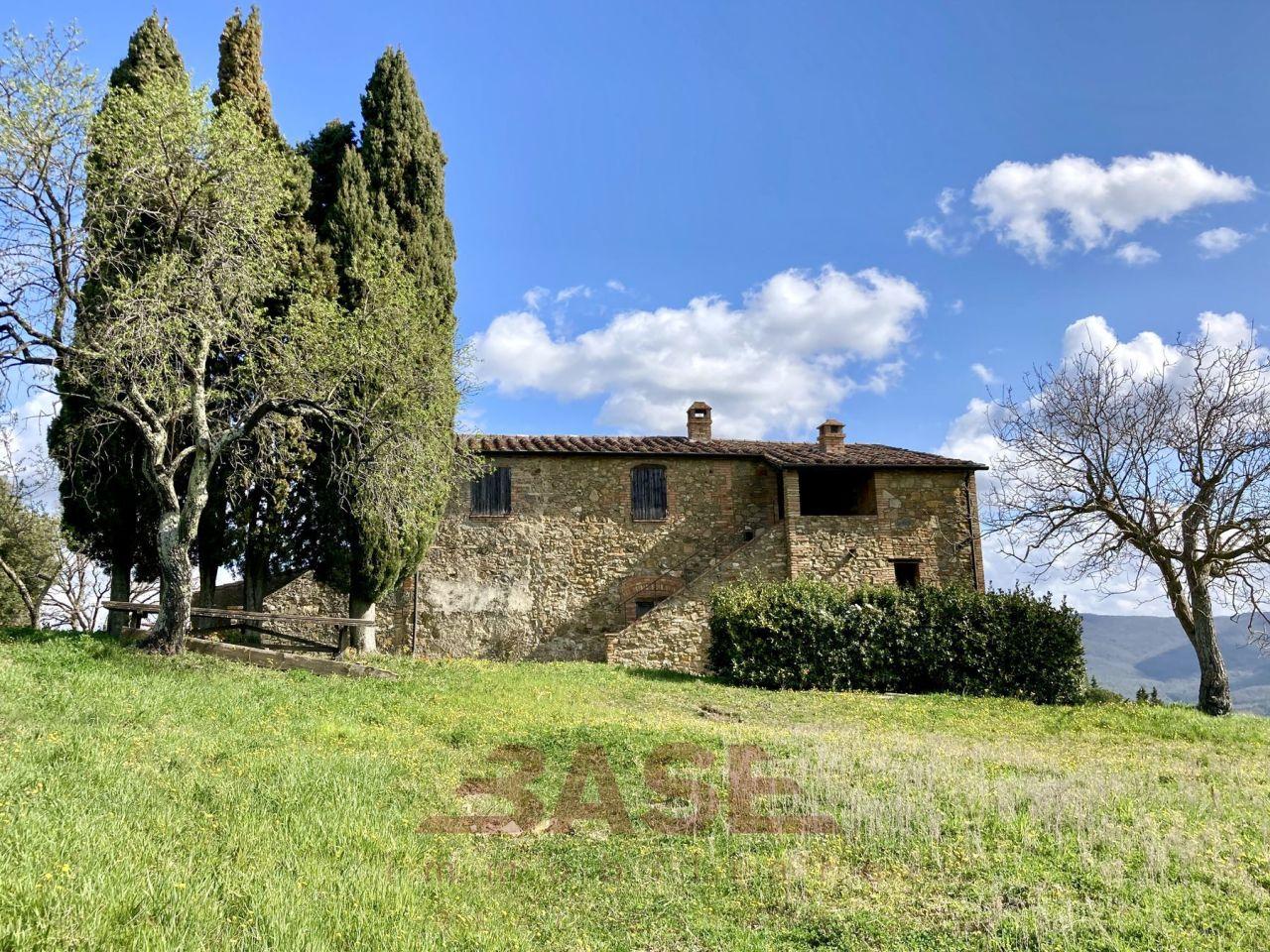 Rustico / Casale in vendita a Montecatini Val di Cecina, 10 locali, prezzo € 360.000 | CambioCasa.it