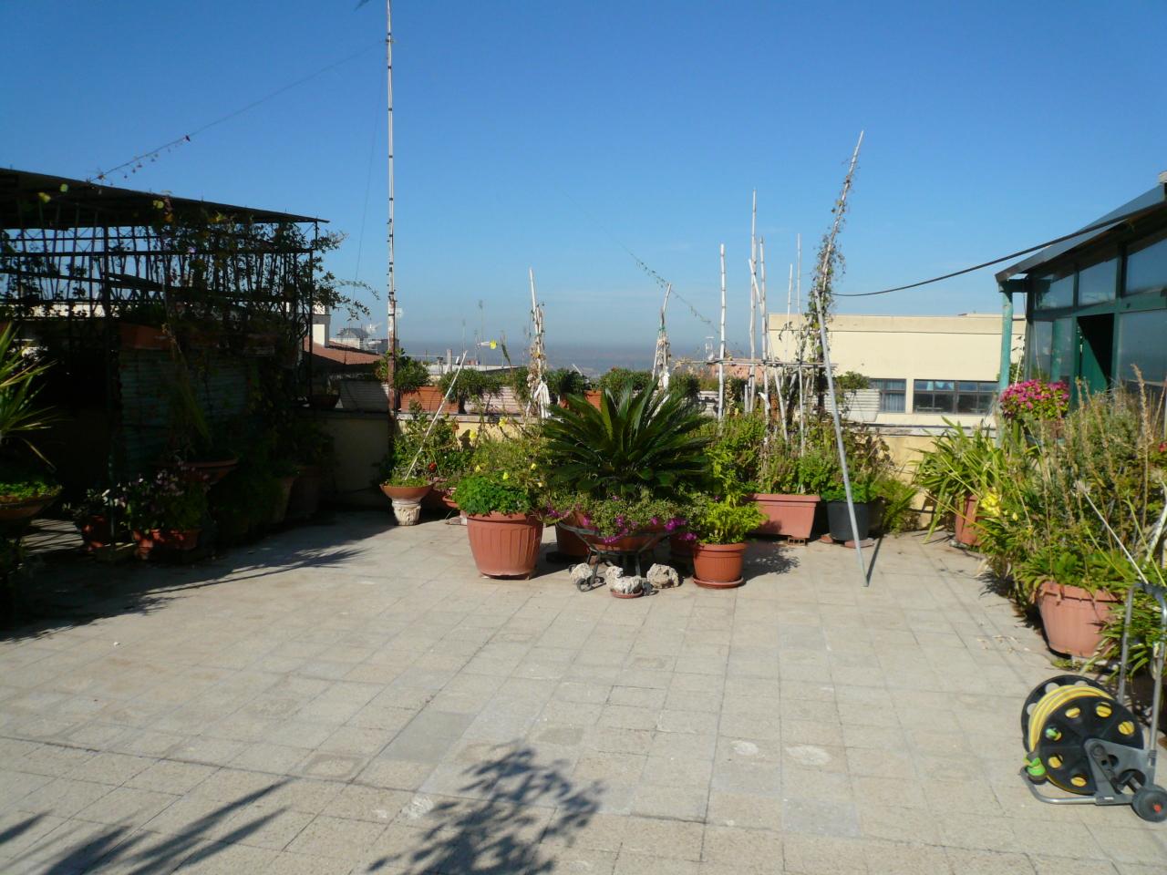 Appartamento in vendita a Frascati, 7 locali, prezzo € 560.000 | PortaleAgenzieImmobiliari.it
