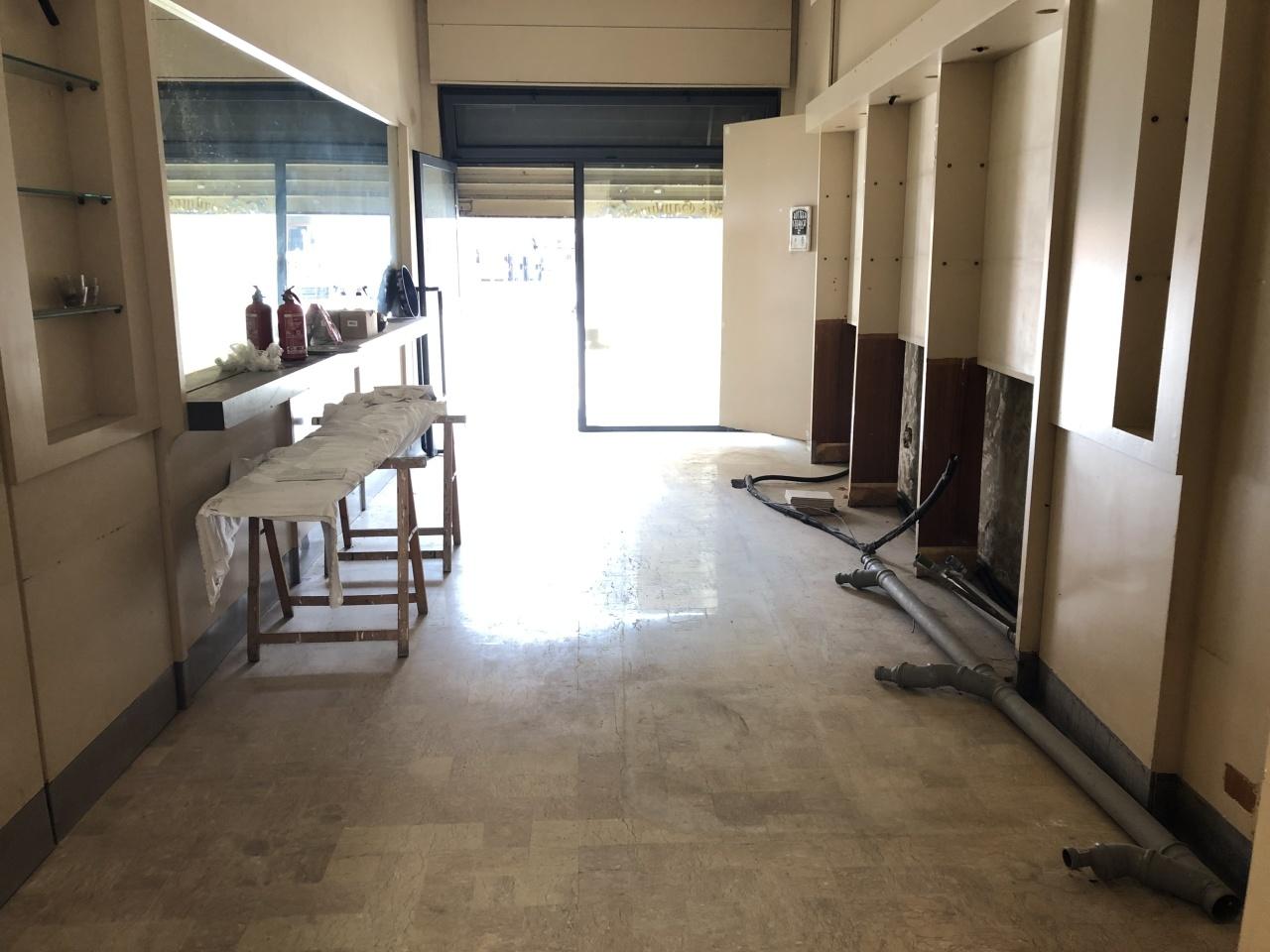Locale commerciale - 1 Vetrina a Cento Rif. 11674558