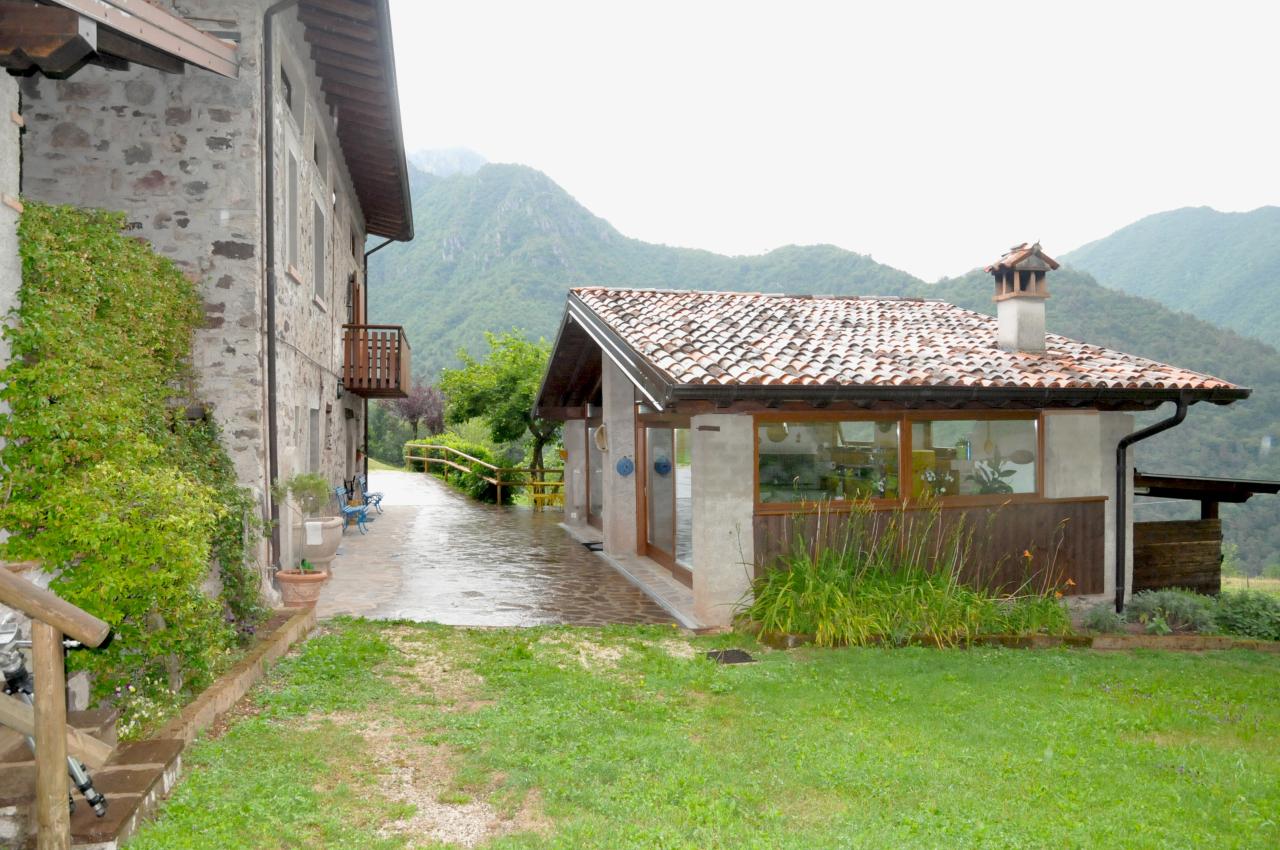 Rustico / Casale in buone condizioni in vendita Rif. 10788088