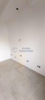 Immagine di Appartamento Monolocale In Vendita Riva Ligure (IM)  non disponibile