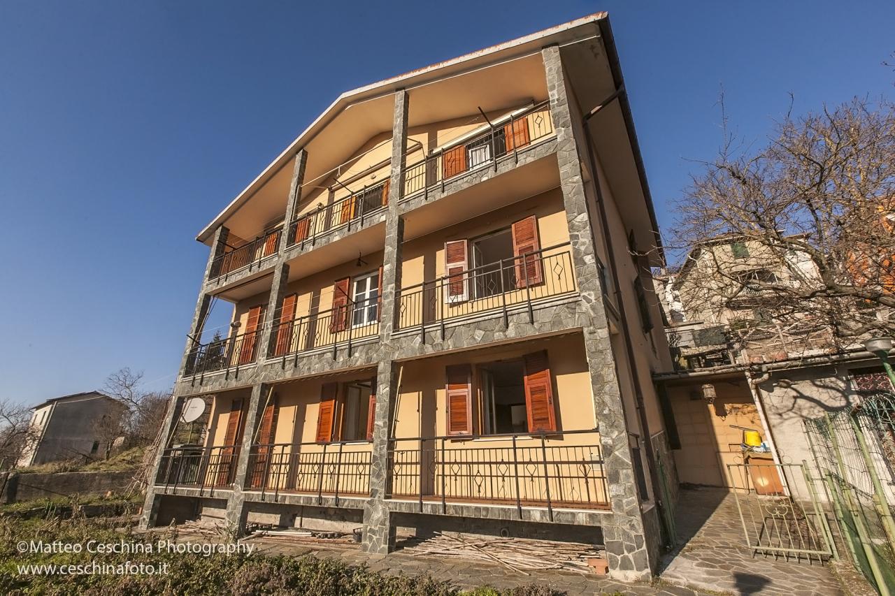 Soluzione Indipendente in vendita a Vobbia, 20 locali, prezzo € 79.000   PortaleAgenzieImmobiliari.it