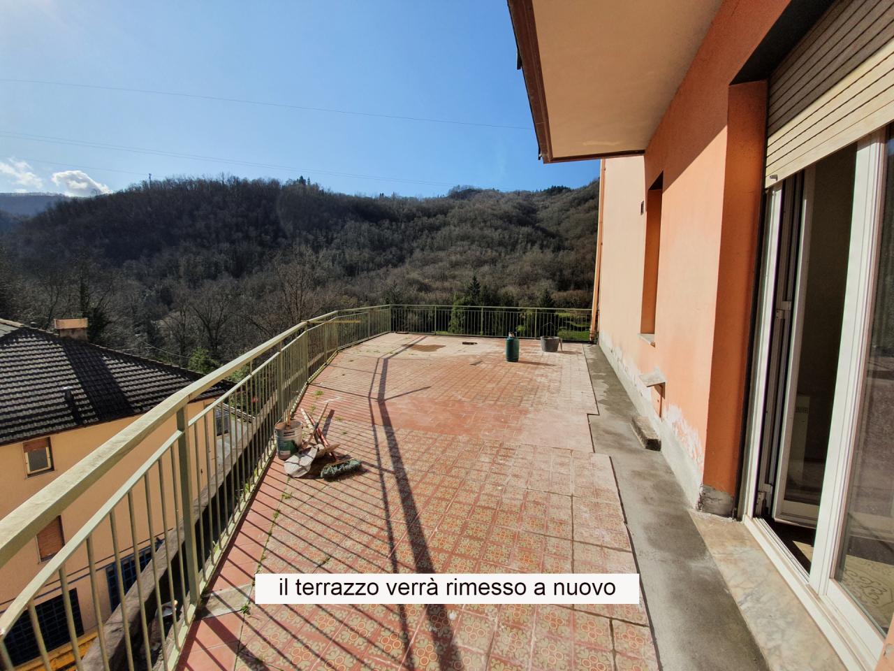 Appartamento in affitto a Neirone, 5 locali, prezzo € 270 | PortaleAgenzieImmobiliari.it