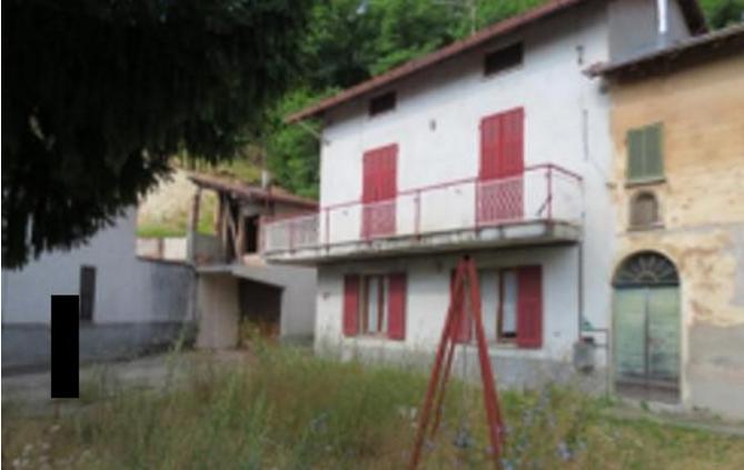 Casa Indipendente da ristrutturare in vendita Rif. 9803123
