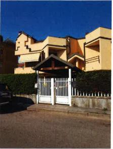 Villetta a schiera ristrutturato in vendita Rif. 10906718