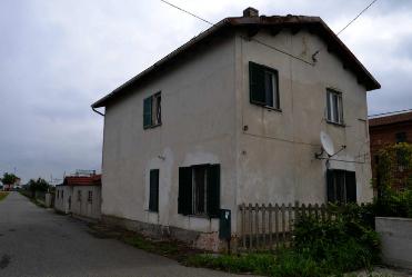 Casa Indipendente da ristrutturare in vendita Rif. 11440444