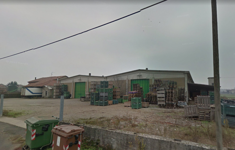 Capannone / Fondo - Industriale/Artigianale a Isola Sant'Antonio Rif. 9707172