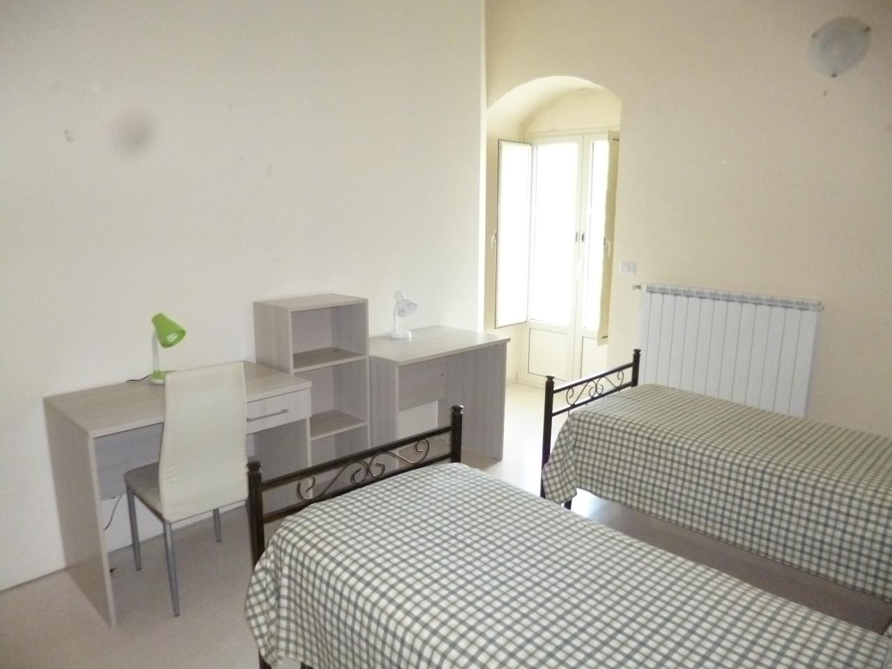 Quadrilocale ristrutturato arredato in affitto Rif. 10994282