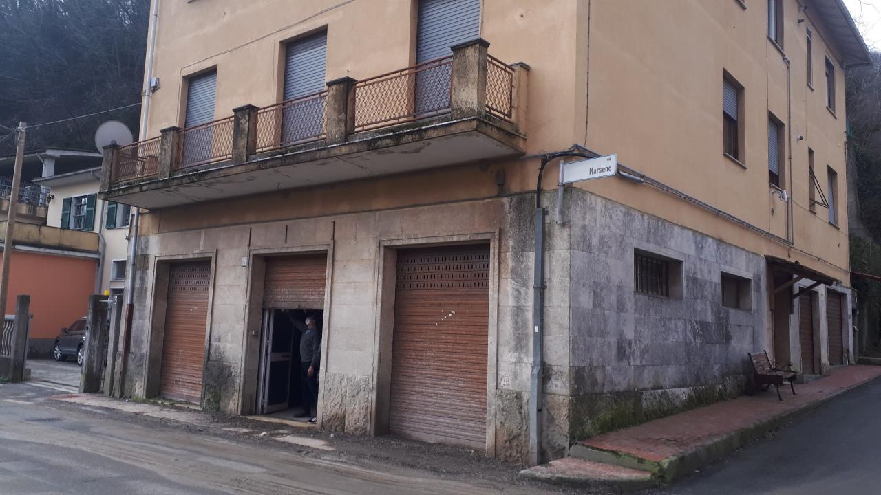 Magazzino in affitto a Ceranesi, 9999 locali, prezzo € 500 | PortaleAgenzieImmobiliari.it
