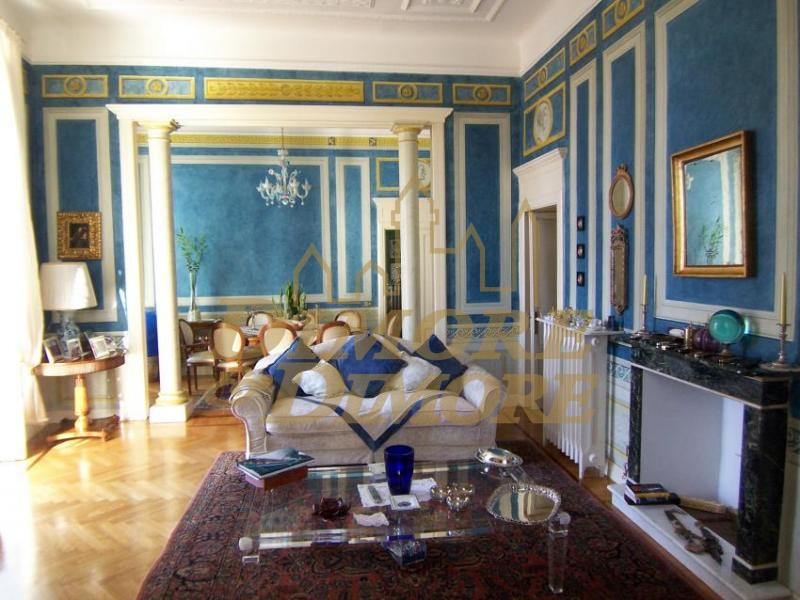 Appartamento in vendita a Arona, 3 locali, prezzo € 690.000   CambioCasa.it