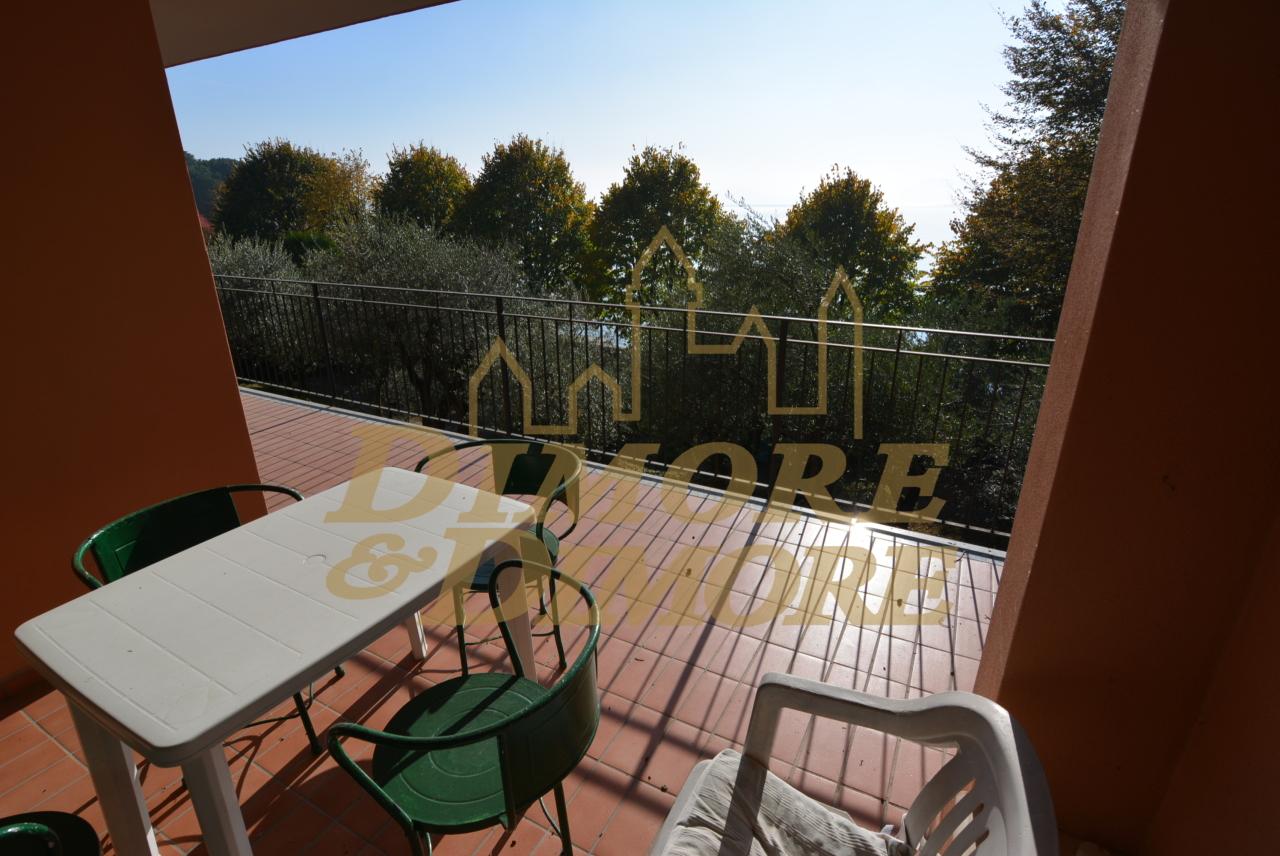 Appartamento in affitto a Leggiuno, 3 locali, prezzo € 700 | CambioCasa.it
