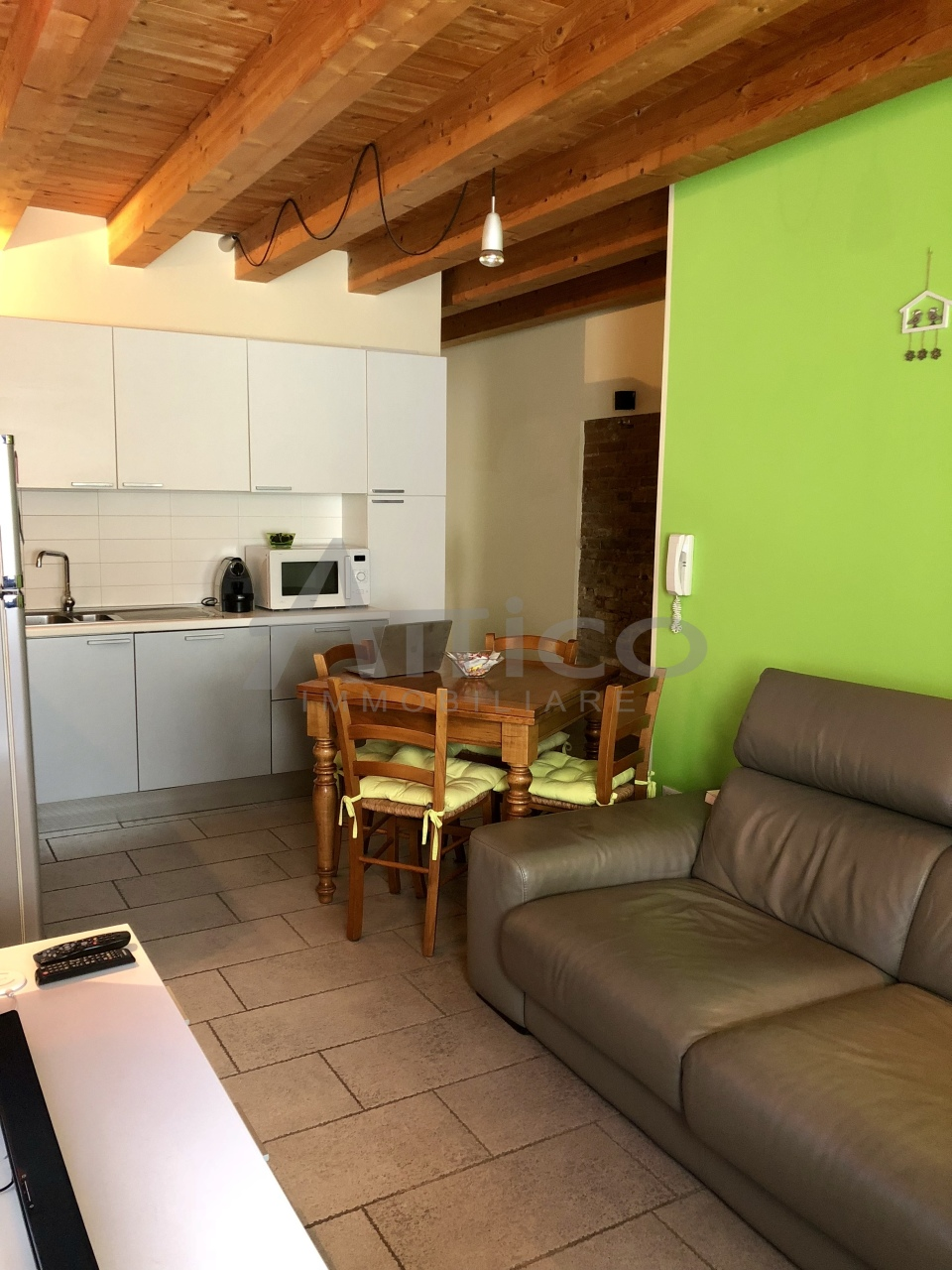 Casa Indipendente in ottime condizioni in vendita Rif. 8859176