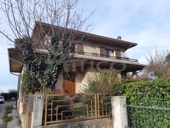 Casa Indipendente in buone condizioni in vendita Rif. 9558782