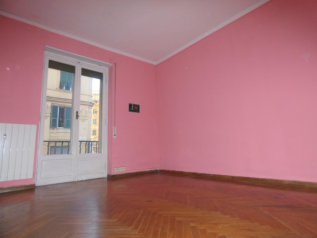Appartamento in buone condizioni in vendita Rif. 10491997