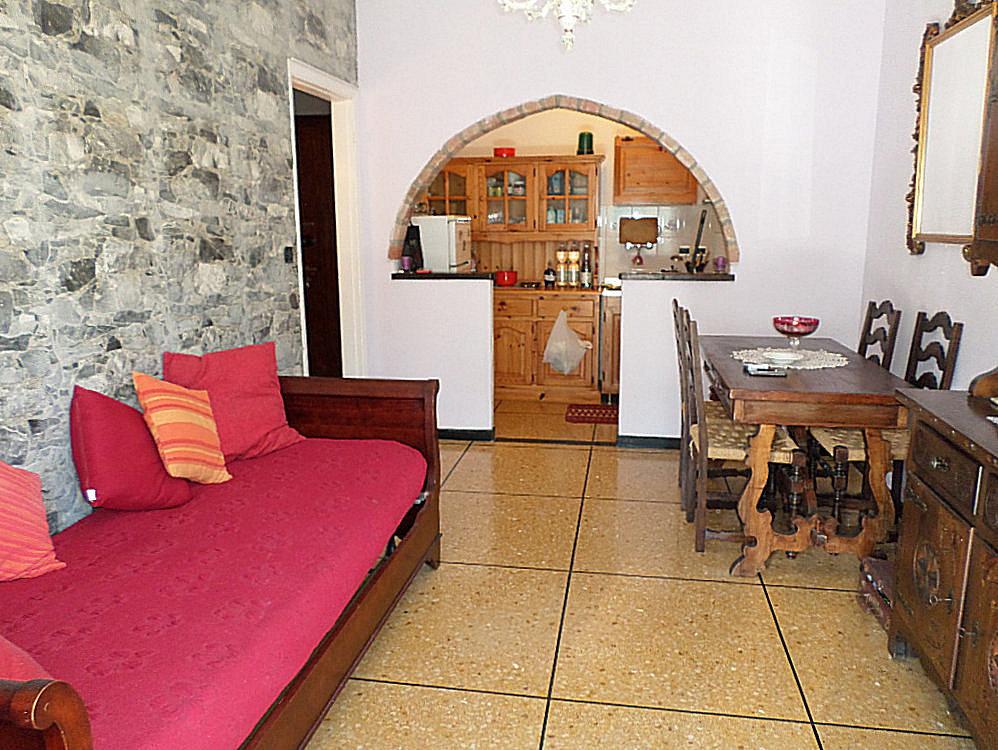 Appartamento in buone condizioni in vendita Rif. 10178404