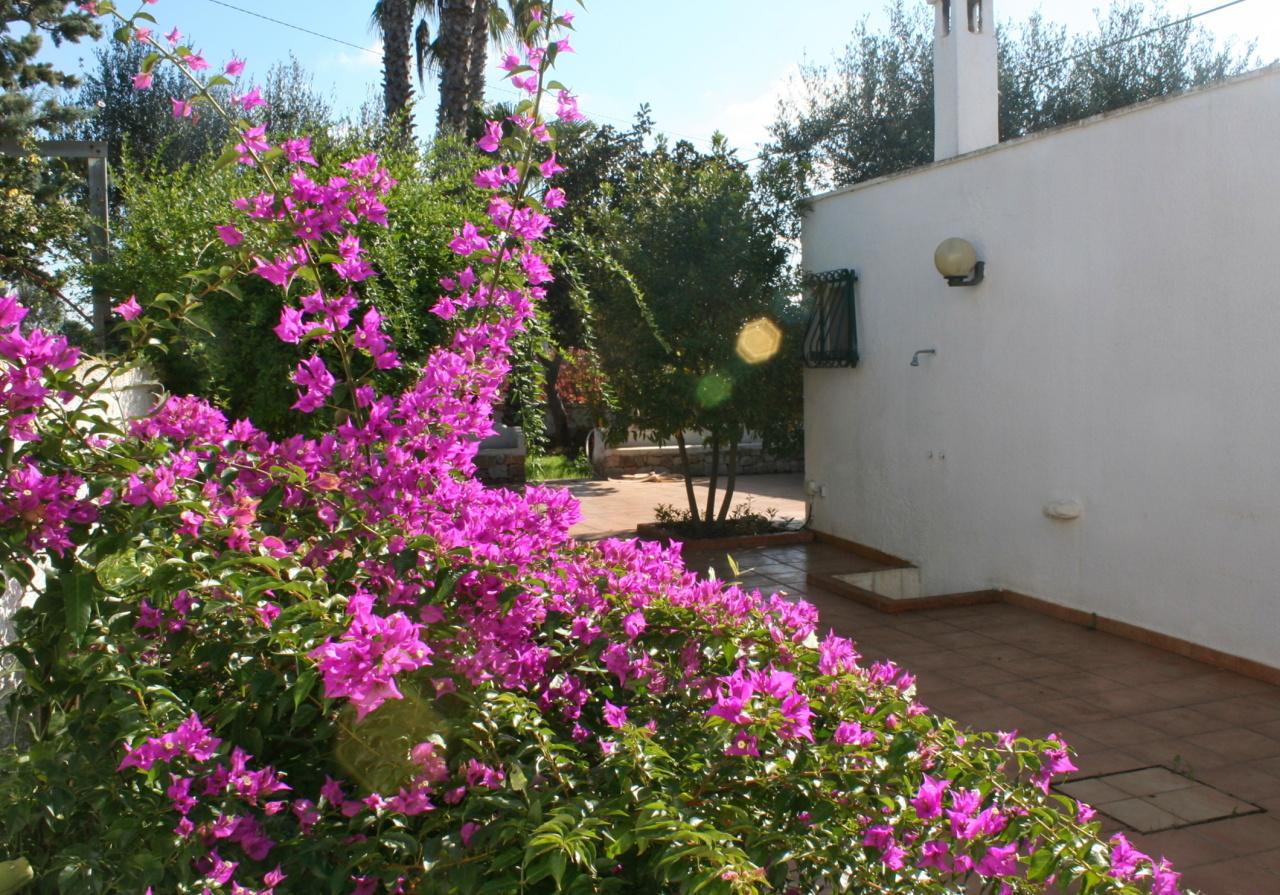 Villa in buone condizioni in vendita Rif. 8813838
