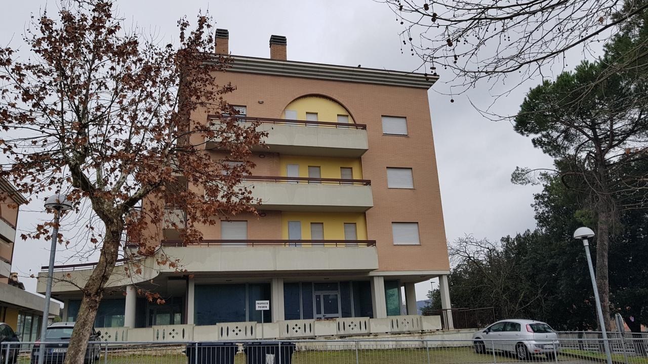 Appartamento in vendita a Magione, 5 locali, prezzo € 115.000 | PortaleAgenzieImmobiliari.it