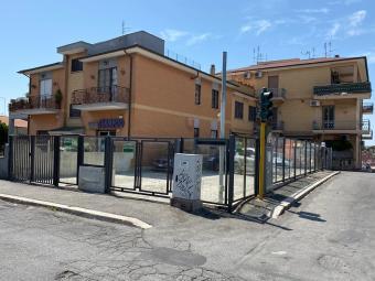 Rif.(1000113) - Locale commerciale, Roma ...