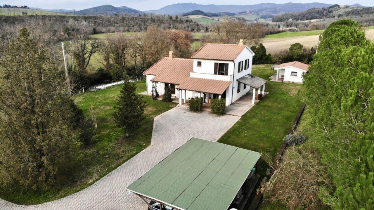 Rustico / Casale in vendita a Montecatini Val di Cecina, 7 locali, prezzo € 750.000 | CambioCasa.it
