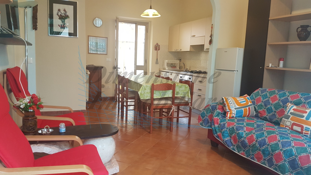 Casa Indipendente in ottime condizioni in vendita Rif. 8801929