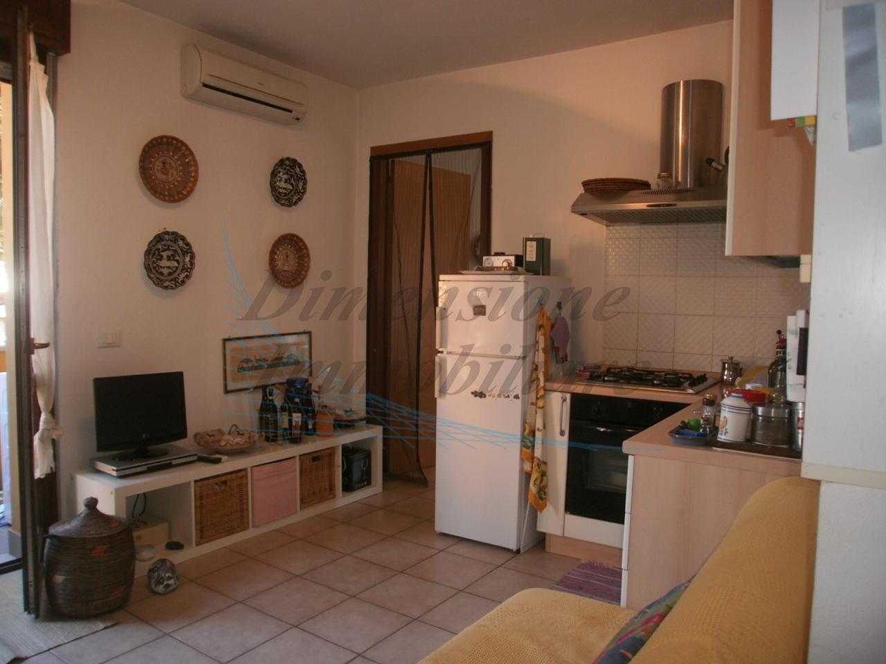 Appartamento arredato in vendita Rif. 10015677