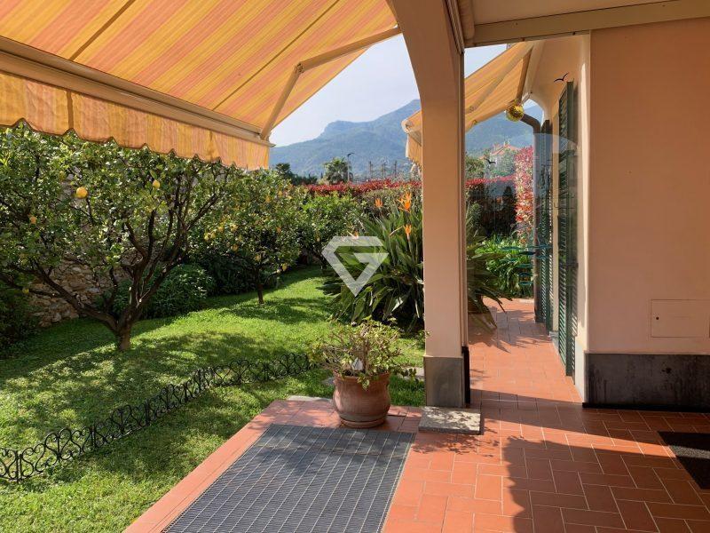 Appartamento in vendita a Loano, 6 locali, Trattative riservate | PortaleAgenzieImmobiliari.it