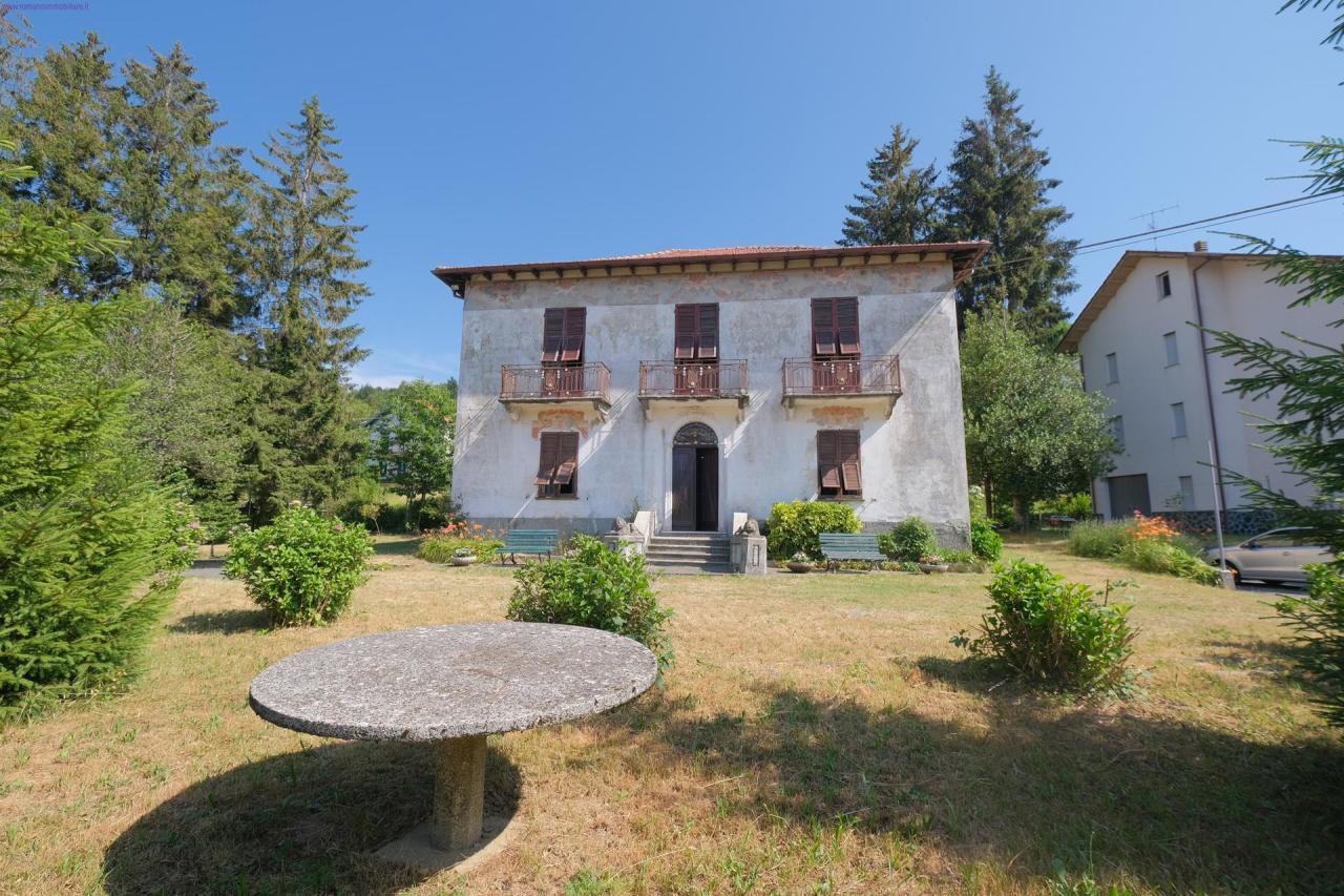 Villa in vendita a Urbe, 10 locali, prezzo € 180.000 | PortaleAgenzieImmobiliari.it