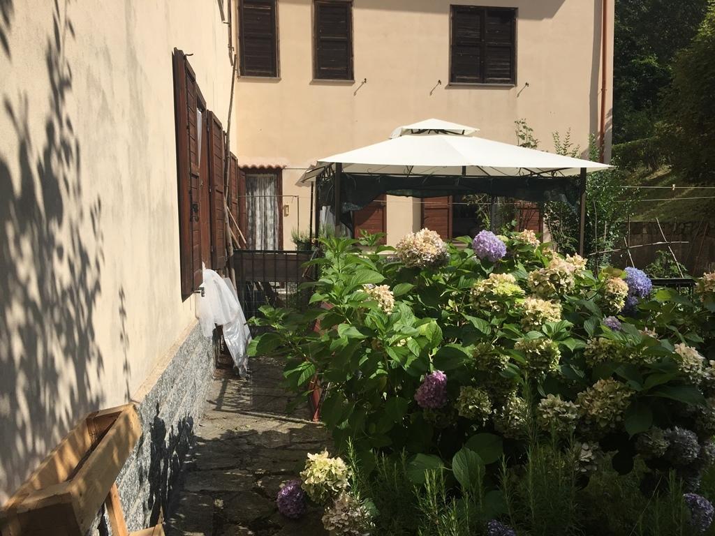Appartamento in buone condizioni in vendita Rif. 8934507