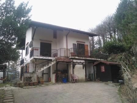 Villa in vendita a Pontinvrea, 8 locali, prezzo € 138.000 | PortaleAgenzieImmobiliari.it