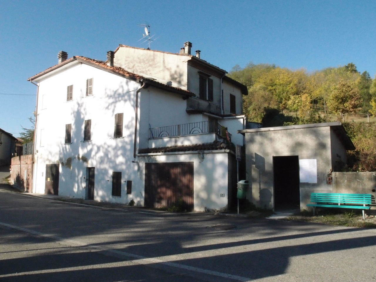Casa Indipendente in discrete condizioni in vendita Rif. 9821734