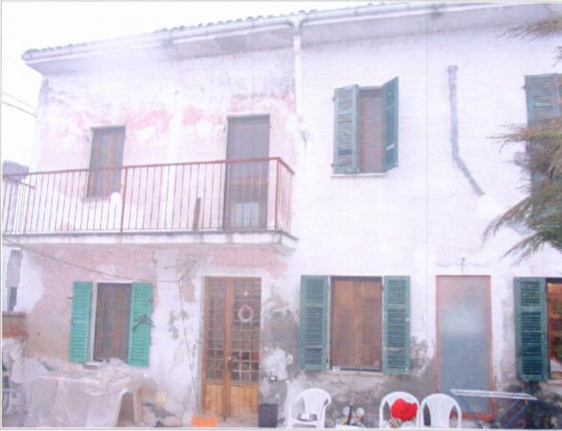 Casa Indipendente da ristrutturare in vendita Rif. 10932101