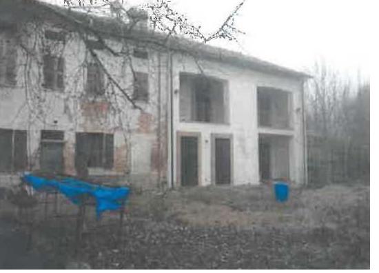 Porzione di casa in discrete condizioni in vendita Rif. 8983336