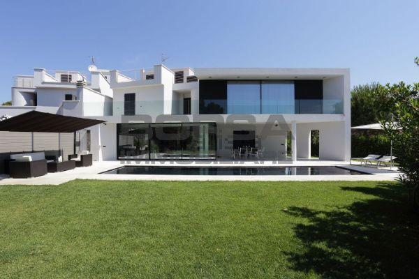 Casa Indipendente in ottime condizioni in vendita Rif. 8859160