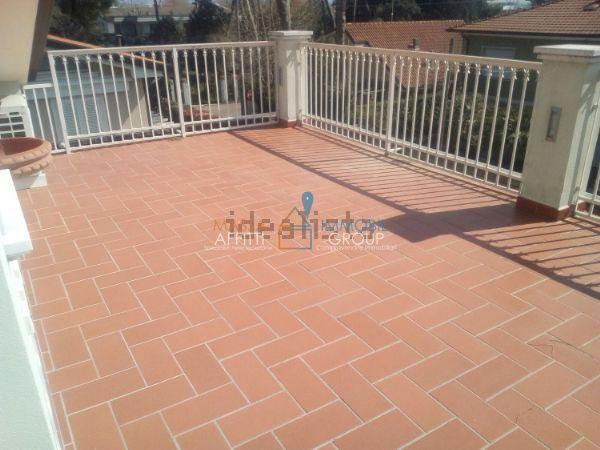 Attico / Mansarda in ottime condizioni arredato in vendita Rif. 5891009