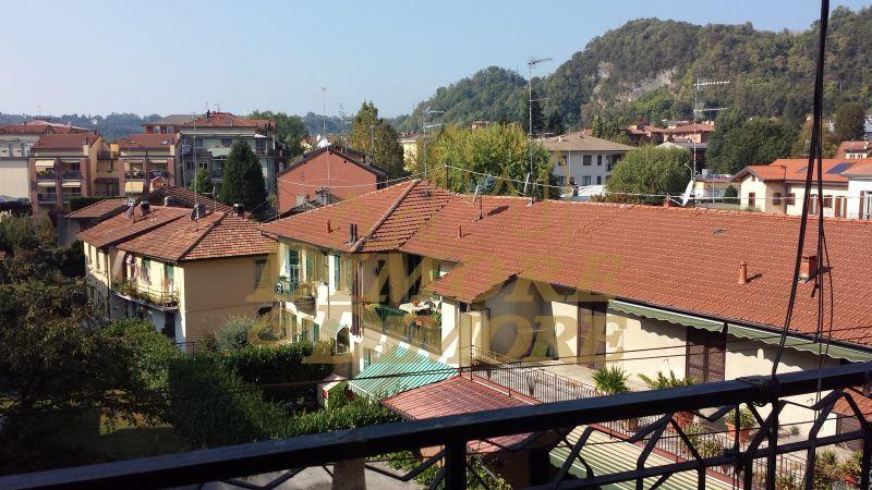 Appartamento in vendita a Arona, 4 locali, prezzo € 250.000   CambioCasa.it