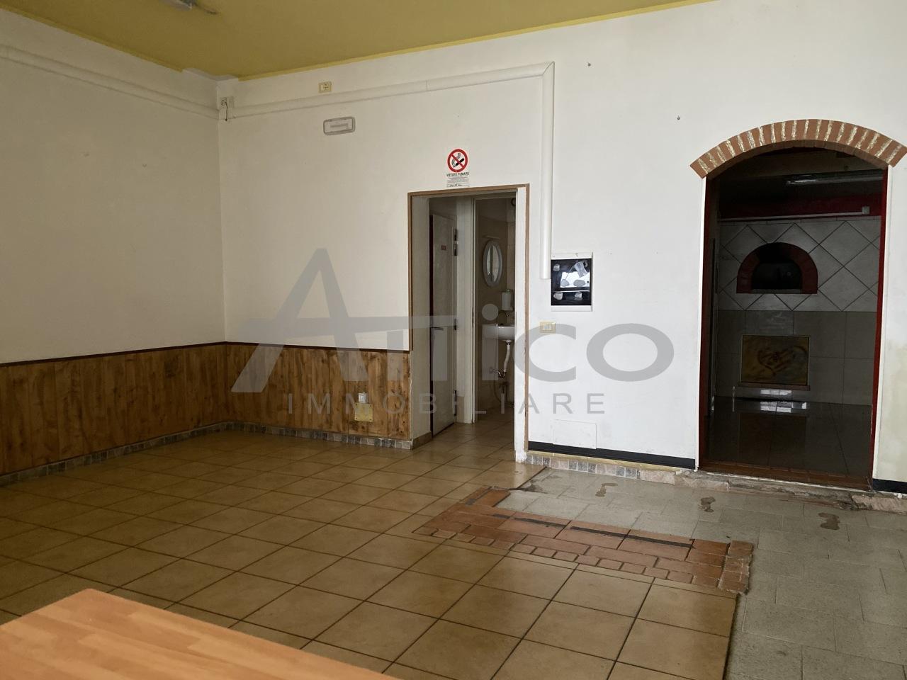 Negozio / Locale in vendita a Lusia, 4 locali, prezzo € 50.000 | CambioCasa.it