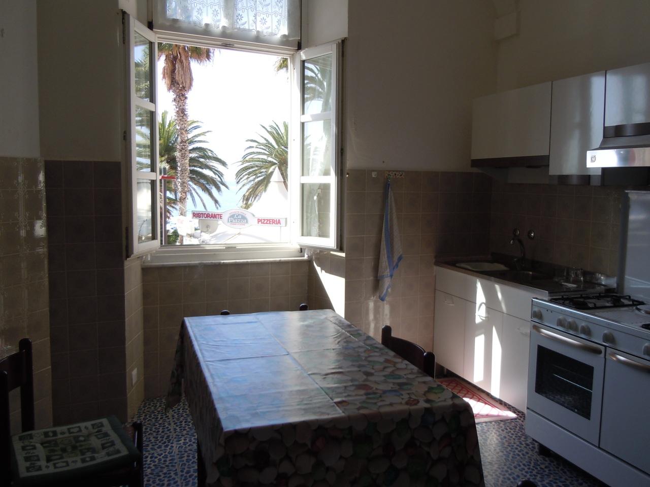 Appartamento in affitto a Finale Ligure, 5 locali, Trattative riservate   PortaleAgenzieImmobiliari.it
